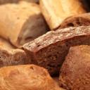 Bez pečiva je člověk zdravější a štíhlý? Omyl!