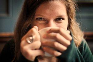 Oční krém - nezbytná součást péče o obličej