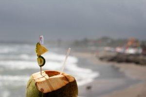 Pět zázračných účinků kokosové vody, které možná neznáte