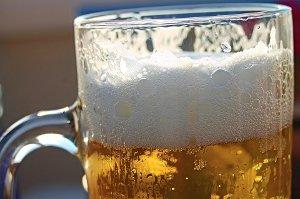 Pivo pomáhá bojovat nejen proti osteoporóze