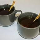 Ranní únava po prohýřené noci? Pomůže zelený čaj, větrání a pohyb!