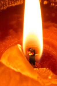 Ušní svíce vytahují z těla neduhy zcela bezpečně a bezbolestně
